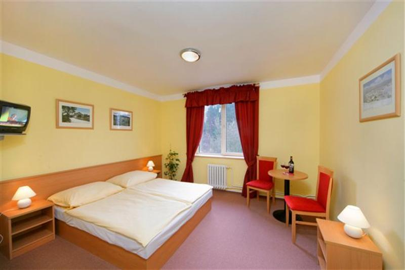 Harrachov Inn - jeden z pokojů