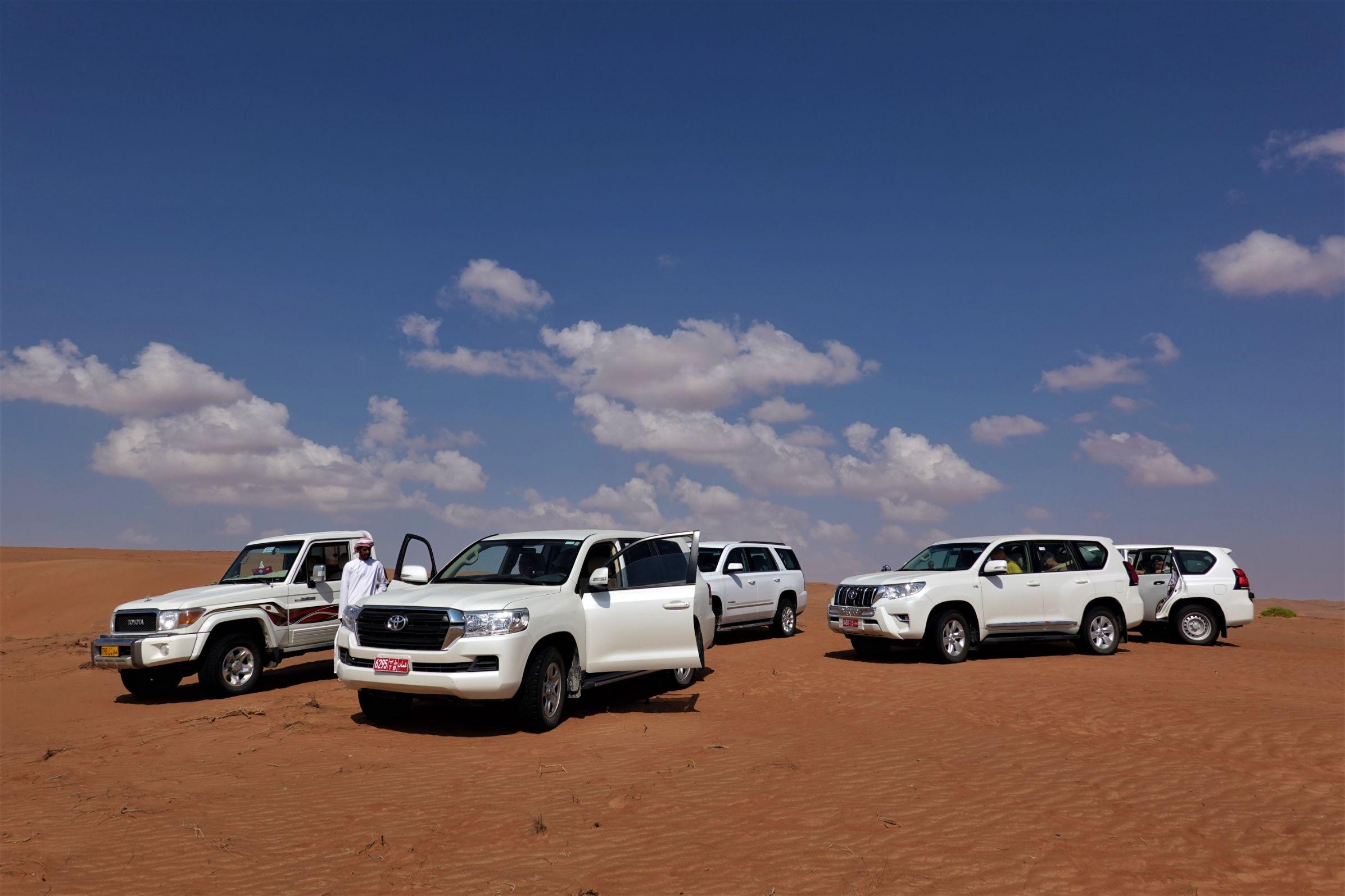 Výprava Periscope na cestě skrz poušť Wahiba Sands