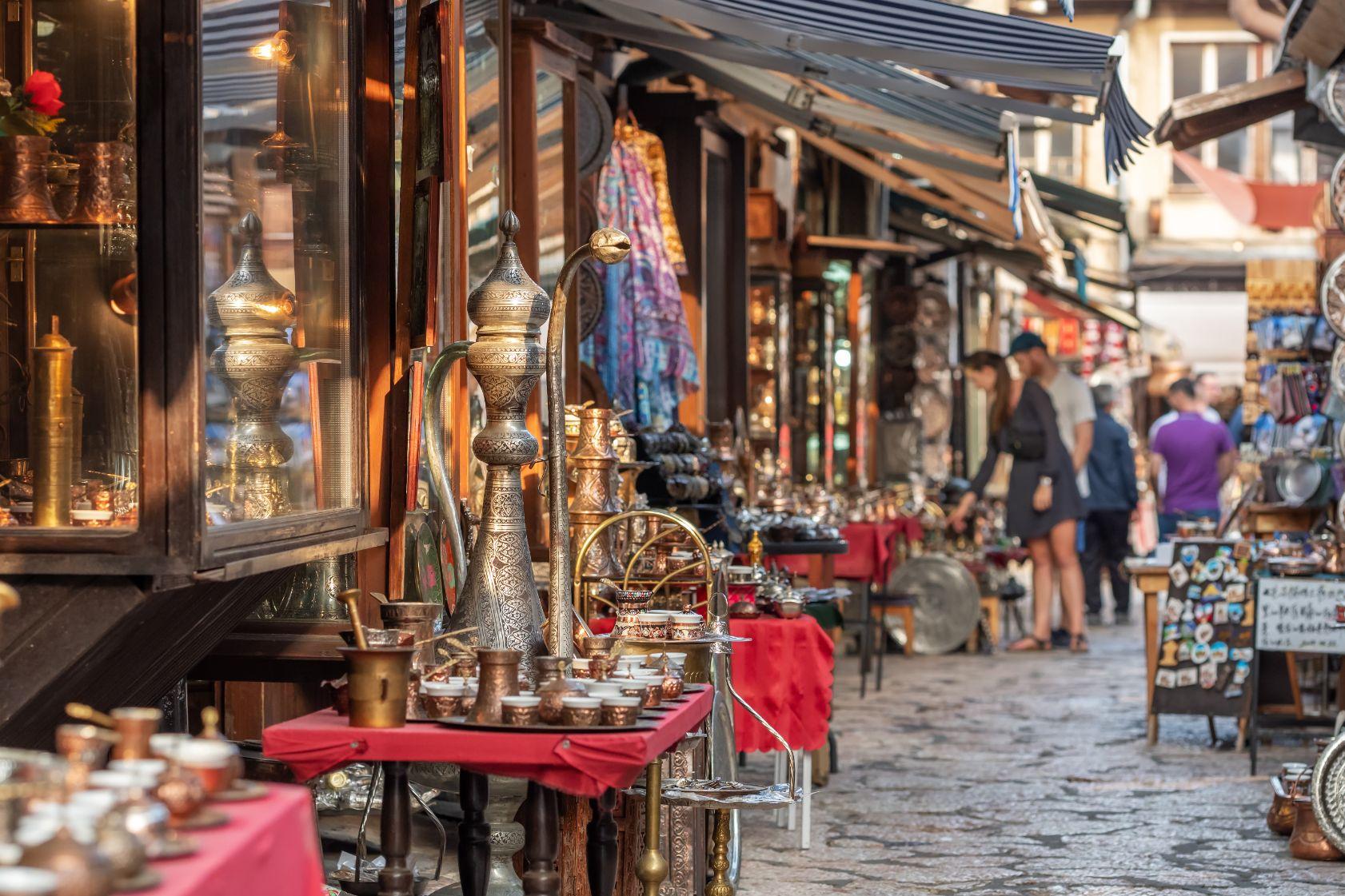 Baščaršija je srdcem historické části Sarajeva