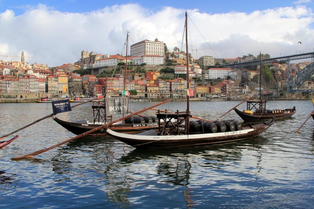 Porto- pohled od řeky Duoro