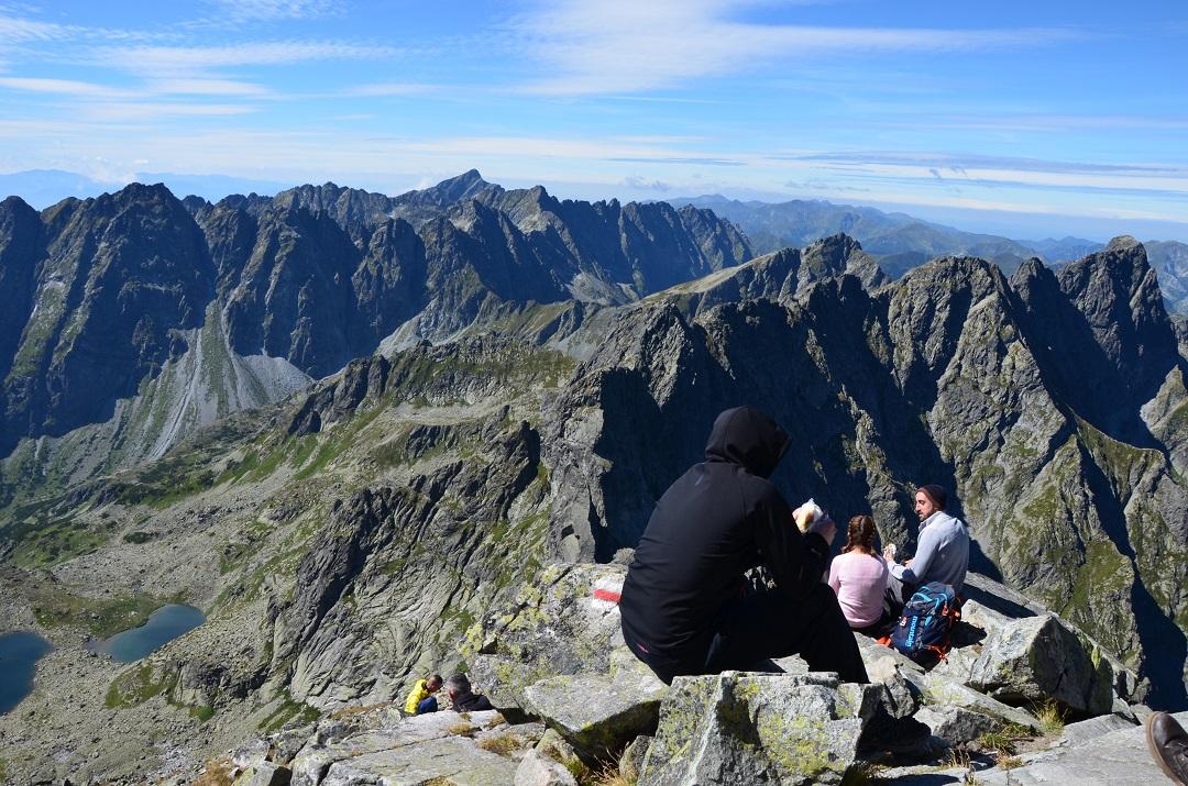 Pohledy z nejvyššího vrcholu Poských Tater - Rysů