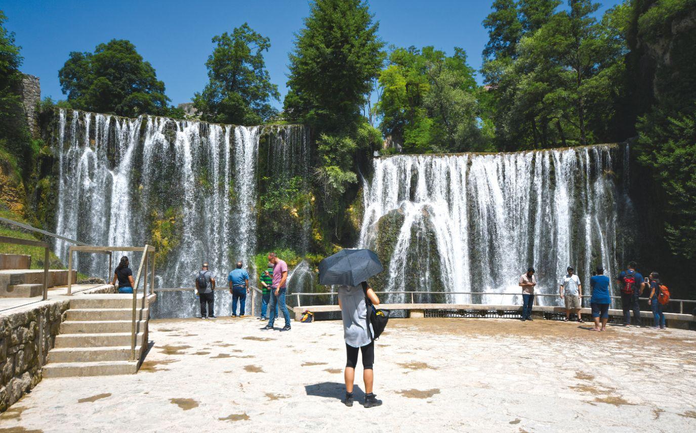 Plivský vodopád přímo ve městě Jajce