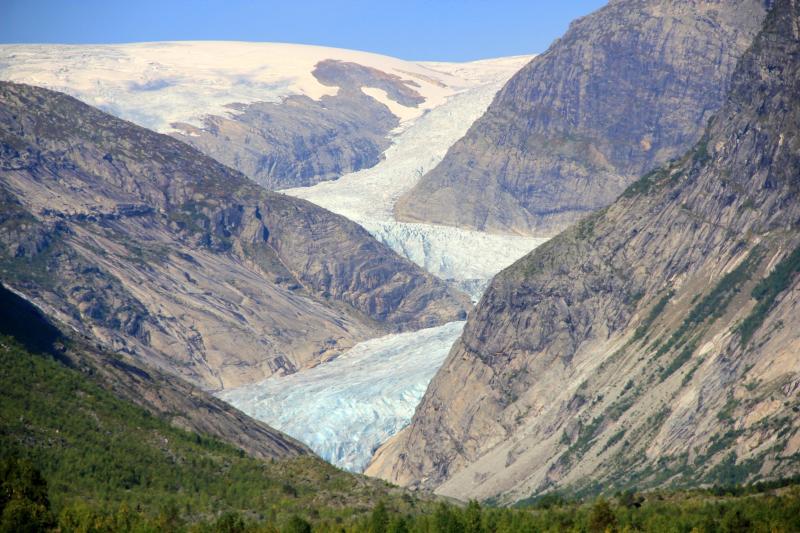 Sněhovo-ledový splaz ledovce Nigardsbreen
