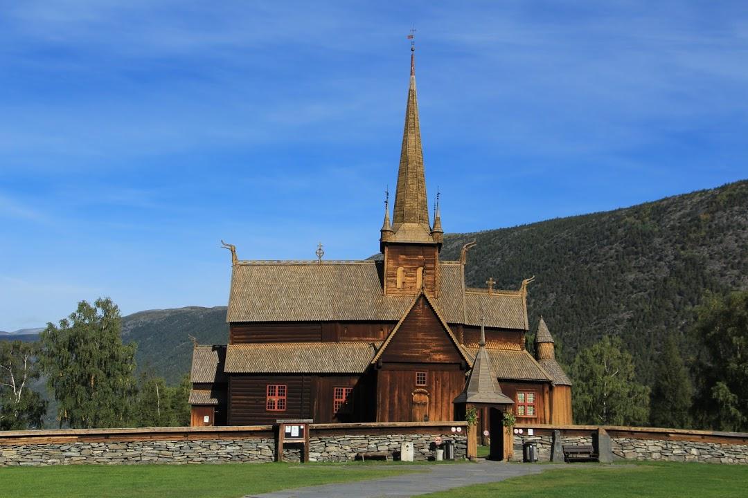 Sloupový kostel v Lomu