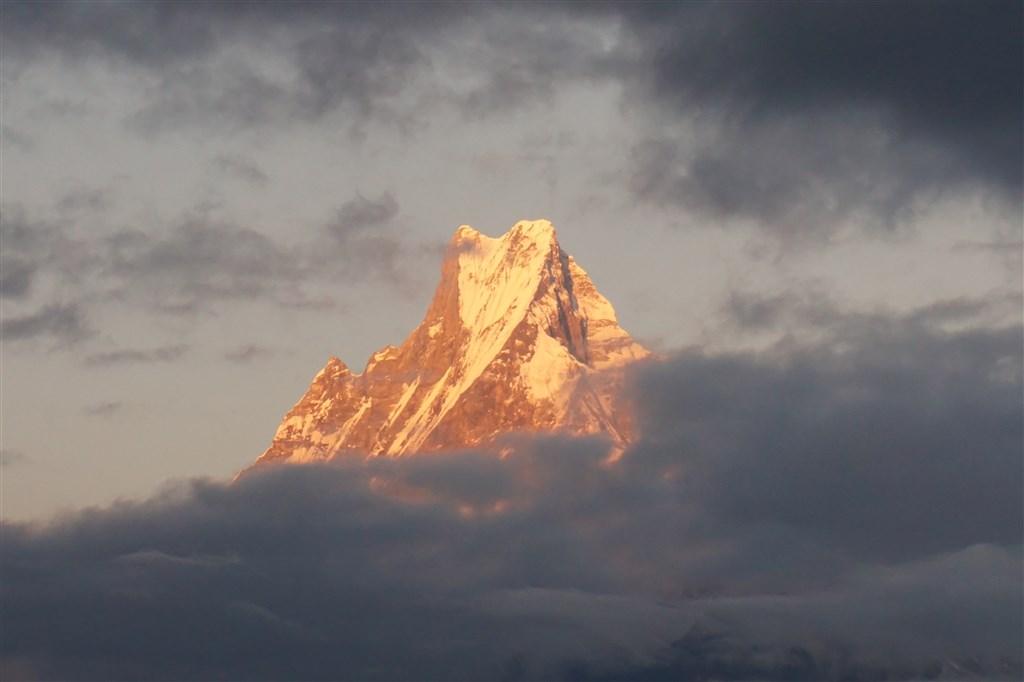 NEPÁL - SVĚT OSMITISÍCOVELs nenáročným okruhem pod Annapurnou (199367)