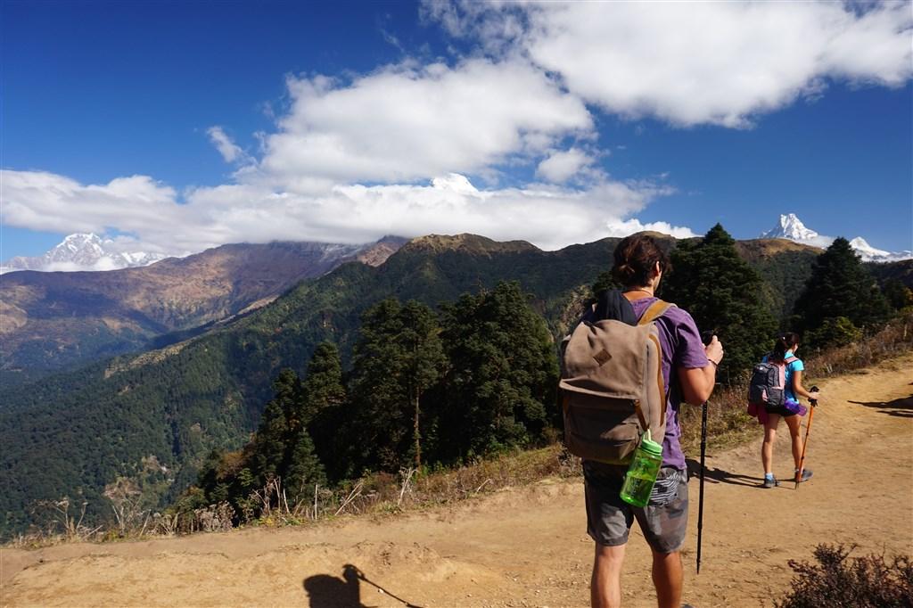 NEPÁL - SVĚT OSMITISÍCOVELs nenáročným okruhem pod Annapurnou (199380)