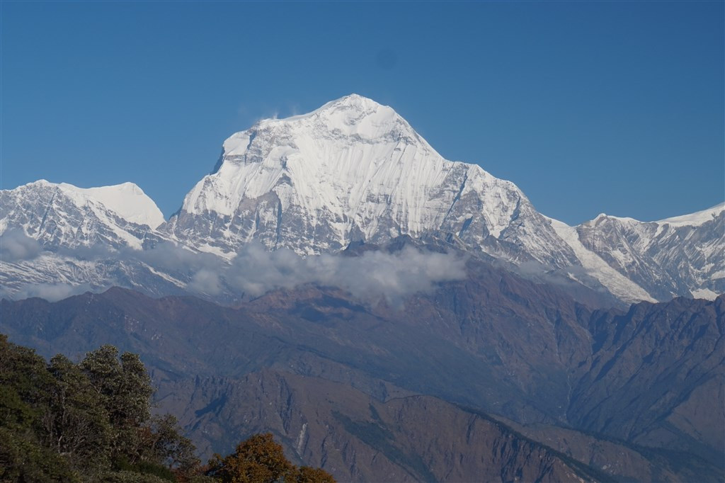 NEPÁL - SVĚT OSMITISÍCOVELs nenáročným okruhem pod Annapurnou (199385)