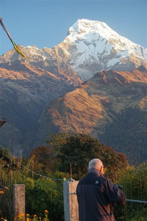 NEPÁL - SVĚT OSMITISÍCOVELs nenáročným okruhem pod Annapurnou (199440)