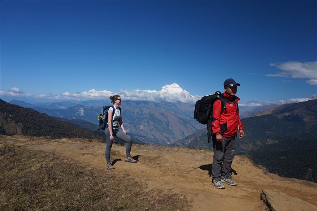 NEPÁL - SVĚT OSMITISÍCOVELs nenáročným okruhem pod Annapurnou (199444)