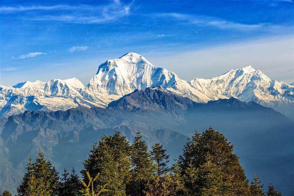 NEPÁL - SVĚT OSMITISÍCOVELs nenáročným okruhem pod Annapurnou (295194)