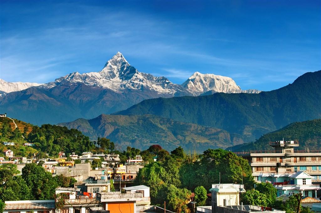 NEPÁL - SVĚT OSMITISÍCOVELs nenáročným okruhem pod Annapurnou (295195)