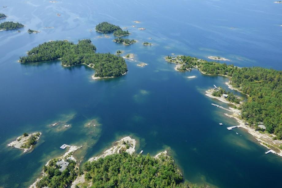 Šérové ostrovy ve vodách Huronského jezera