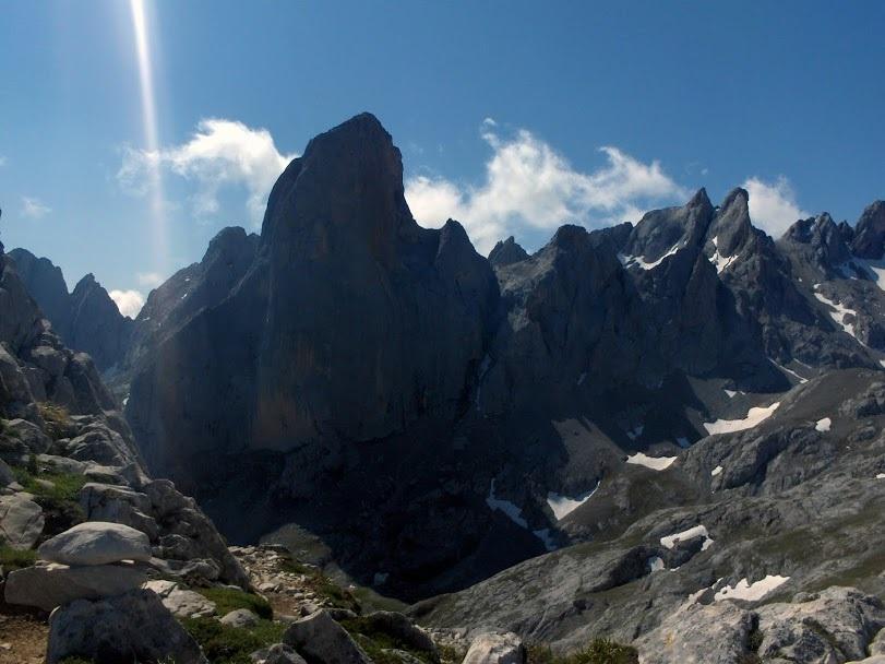 Štíty Picu Uriellu - Naranjo de Bulnes 2 519 m n. m.