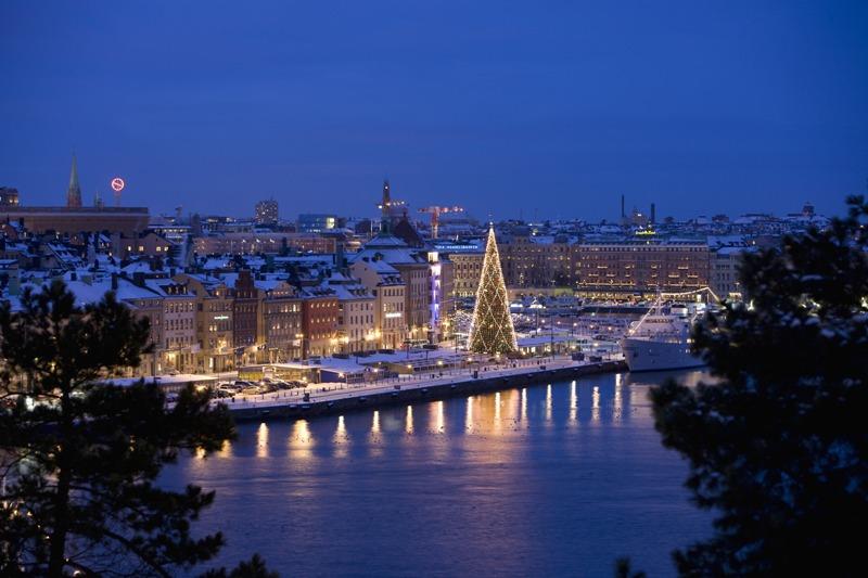Stockholm - advent u mostu Skeppsbron