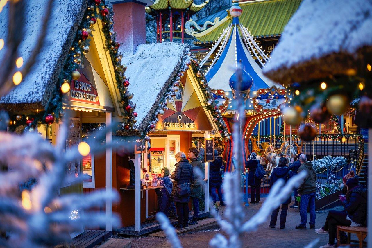 Zábavní park Tivoli v zimě