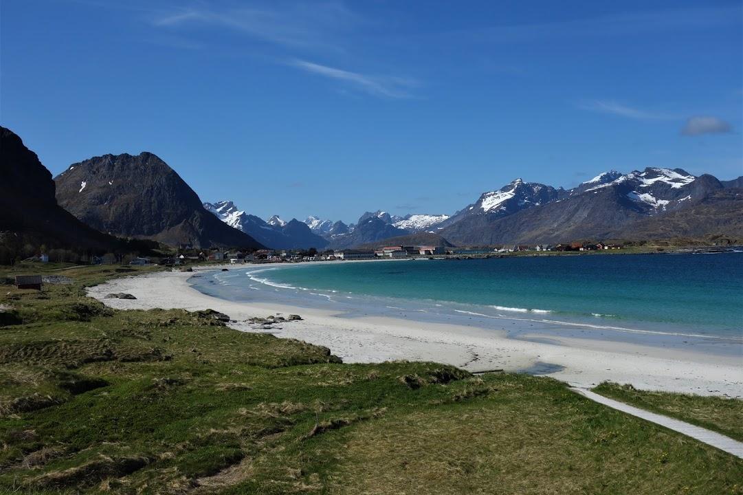 Bílé písečné pláže na Lofotech
