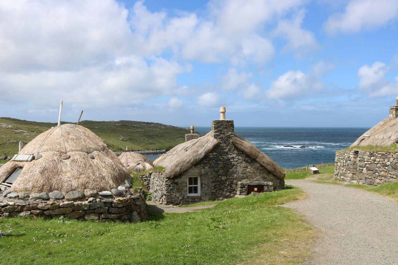 Machapuchre někdy Machhapuchchhre - tzv. Rybí chvost, posvátná hora Nepálu