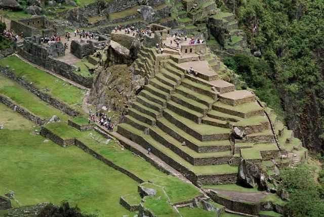 Machu Picchu - pohled z vrcholu Huayna Picchu
