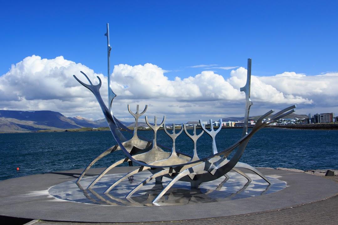 Reykjavik- Sluneční koráb
