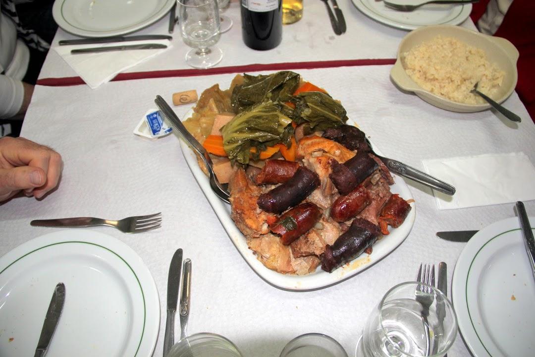 Pokrm cozido de Furnas