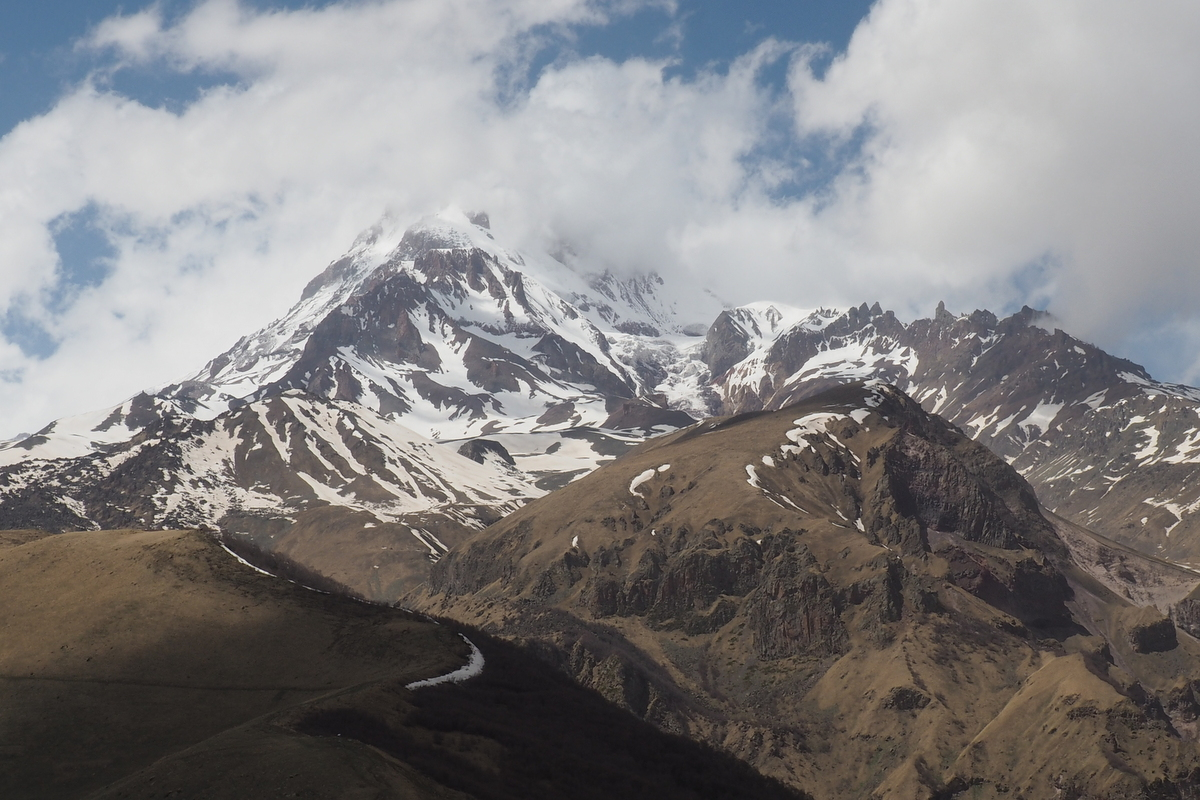 Hora Kazbek 5 047 m n.m.