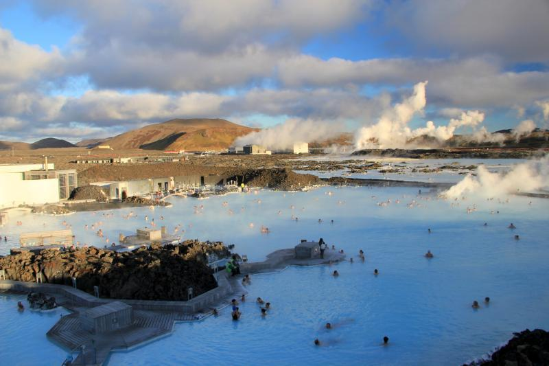 Poznávací zájezdy Island - koupele pod širým nebem