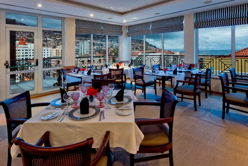 8 Restaurace v hotelu Orquidea, Funchal