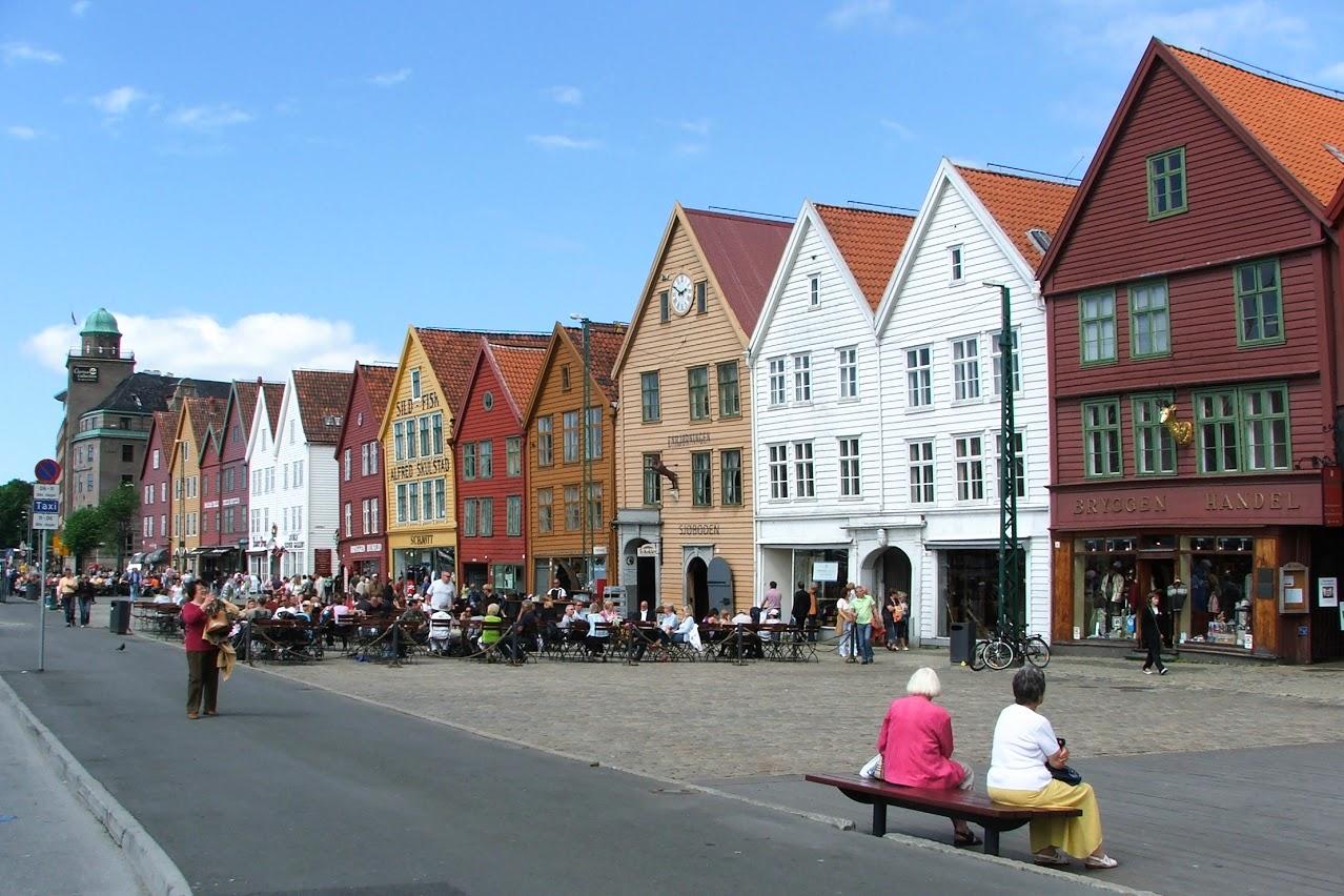Bergen- lodní přístav Bryggen