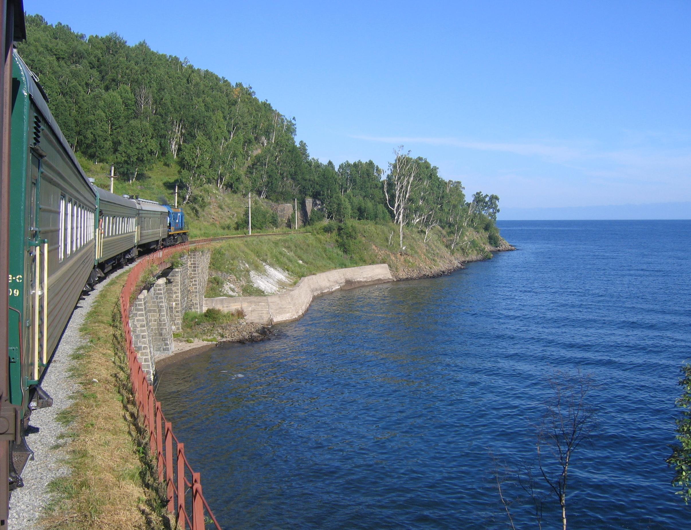Cesta krugobajkalskou železnicí