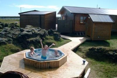 Island - ubytování chatky