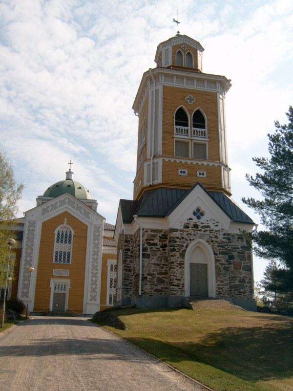 Největší dřevěný kostel ve Finsku