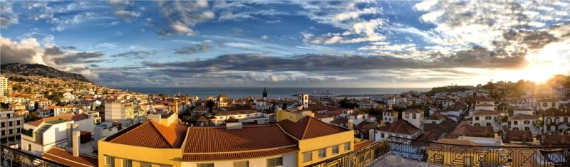 madeira-azory.cz / Panoramatický pohled na Funchal
