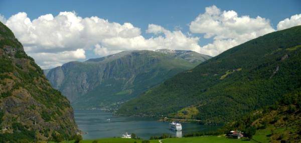norsko.cz / Panoramatický pohled na štíty norských hor