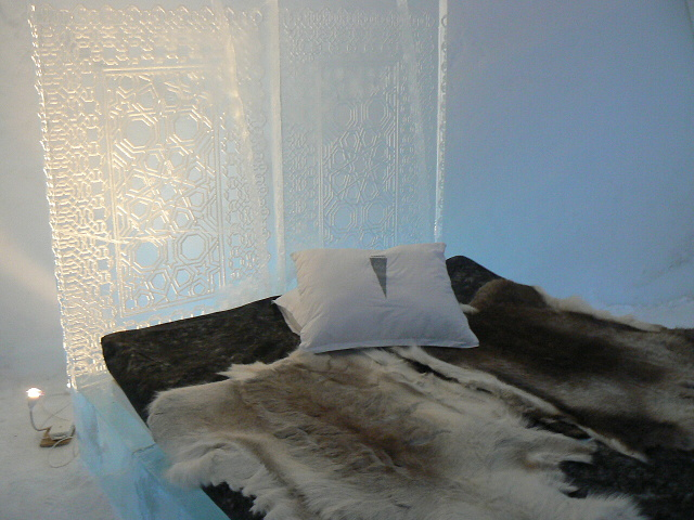 Pokoj střední úrovně - ledový hotel Jukasjarvi