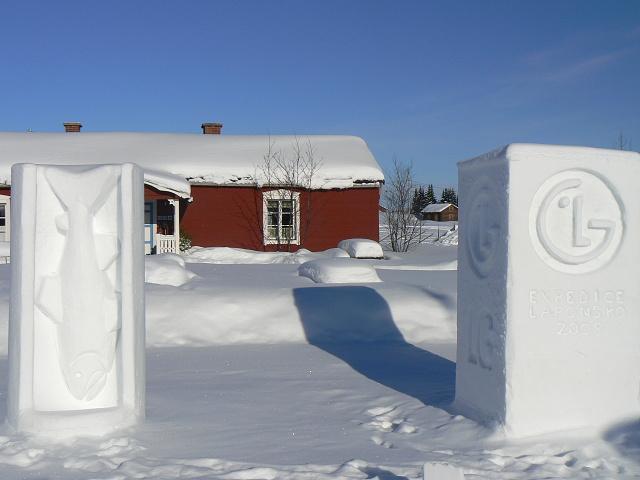 Pro firmy lze vymodelovat sněhové logo