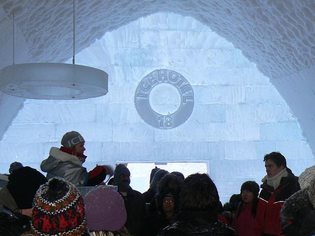 Prohlídka ledového hotelu s průvodcem