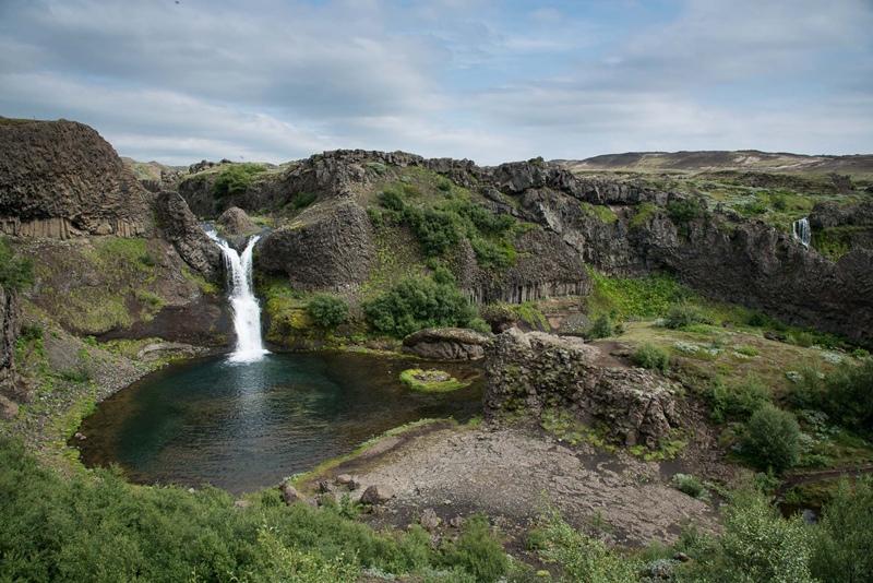 Soutěska Gjáin na Islandu