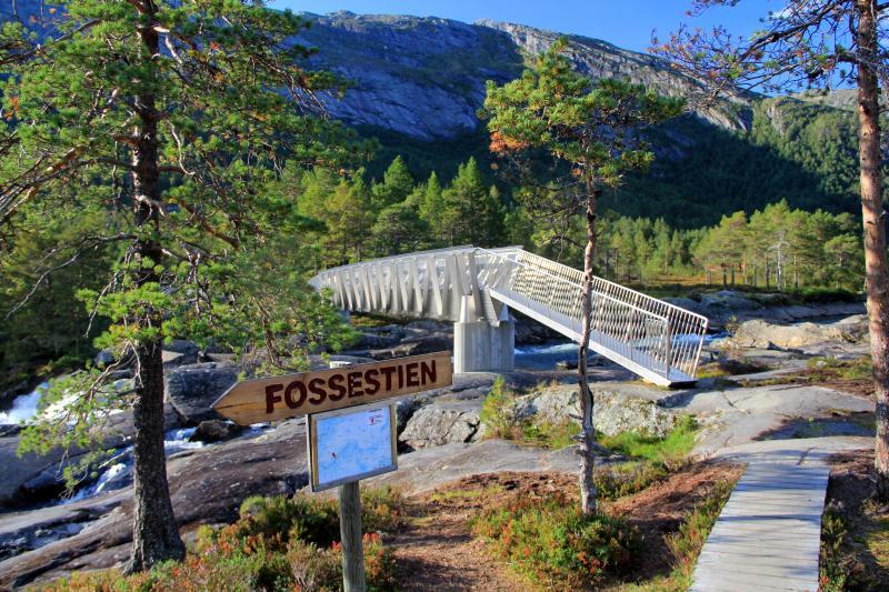 Stezka Fossestien v pohoří Gaularfjellet