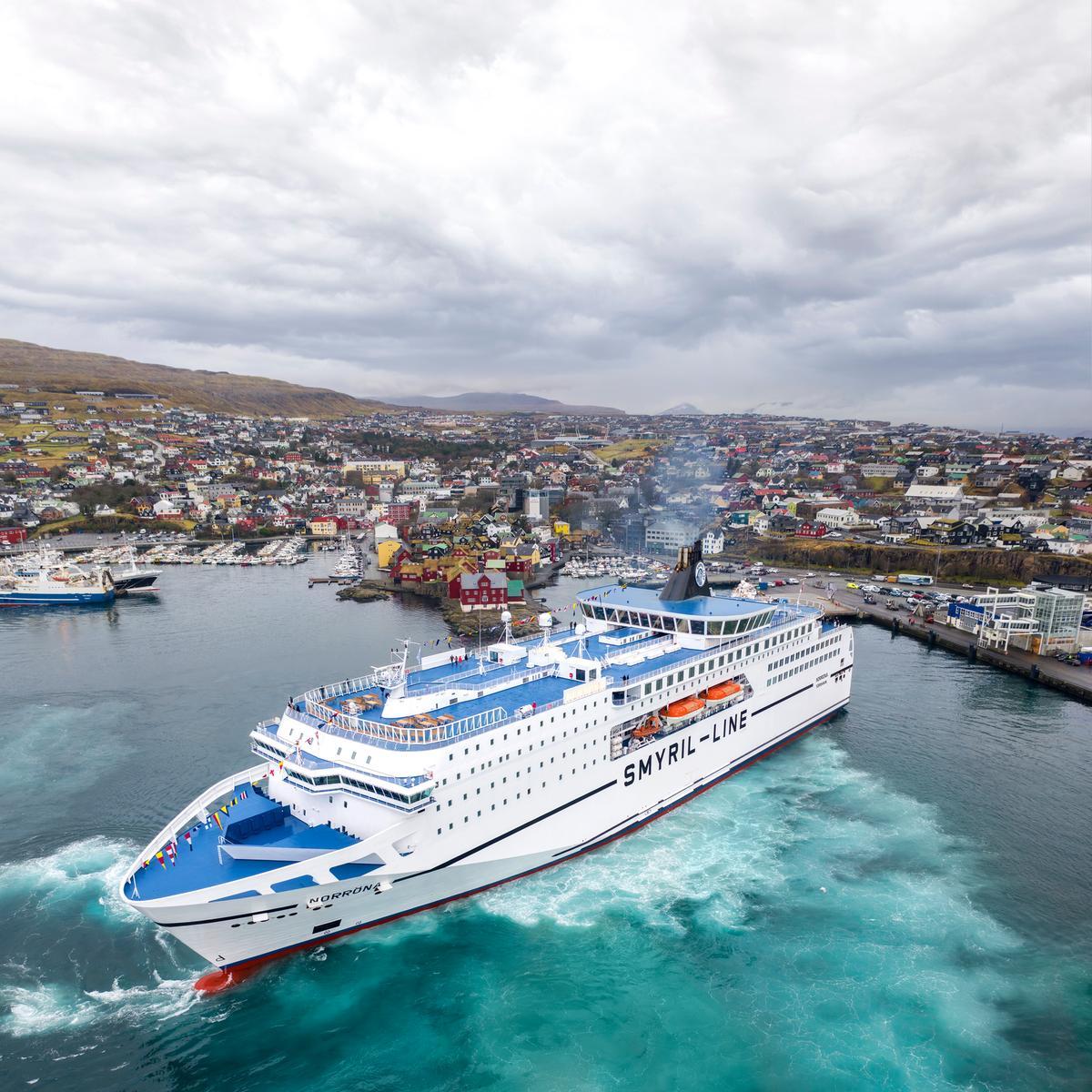 island.cz / Vroce 2021 zrenovovaný trajekt Norrona 4