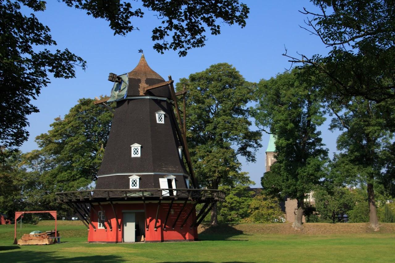 Větrný mlýn uvnitř pevnosti Kastellet v Kodani