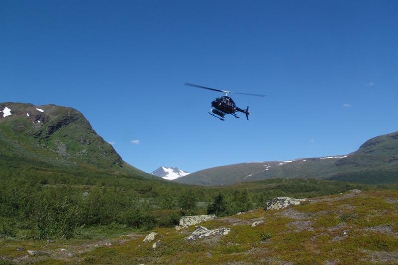 Vrtulníkem přes NP Sarek