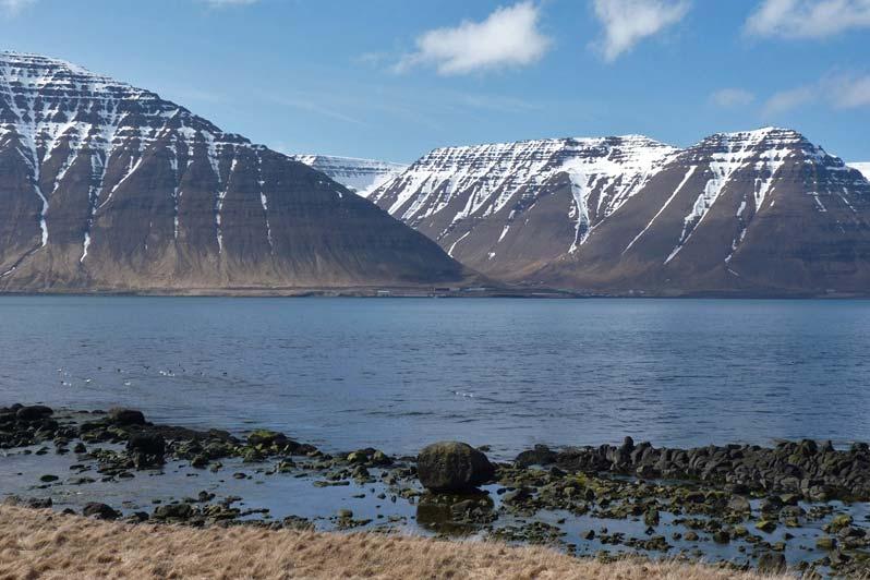 Island asuvenýry